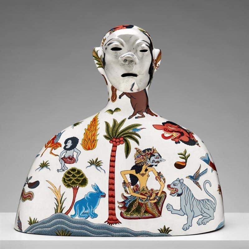 Dadang Christanto, Missing, 2013, cast aluminium, enamel, gold leaf, 60x60x45cm