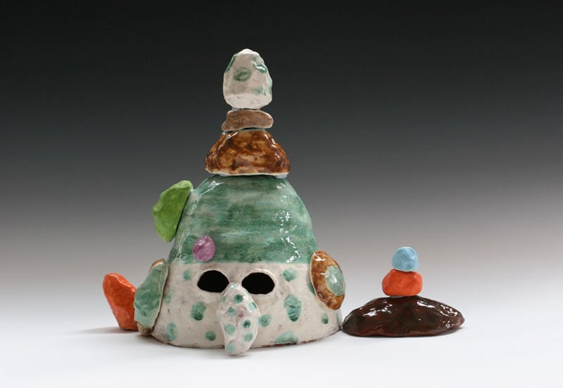 Lynda Draper, Rob, 2013, earthenware and glaze, 31x23x23cm
